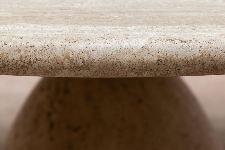 Round Solid Travertine Pedestal Coffee Table by Peter Draenert, 1970s In Good Condition For Sale In Antwerp, BE