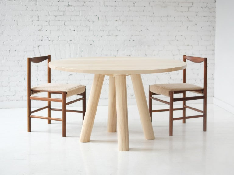 Round Stone Column Dining Table in Marble and White Oak Wood by Fort Standard For Sale 5