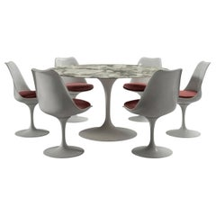 Round Table and Six Chairs, Eero Saarinen for Knoll, circa 1960