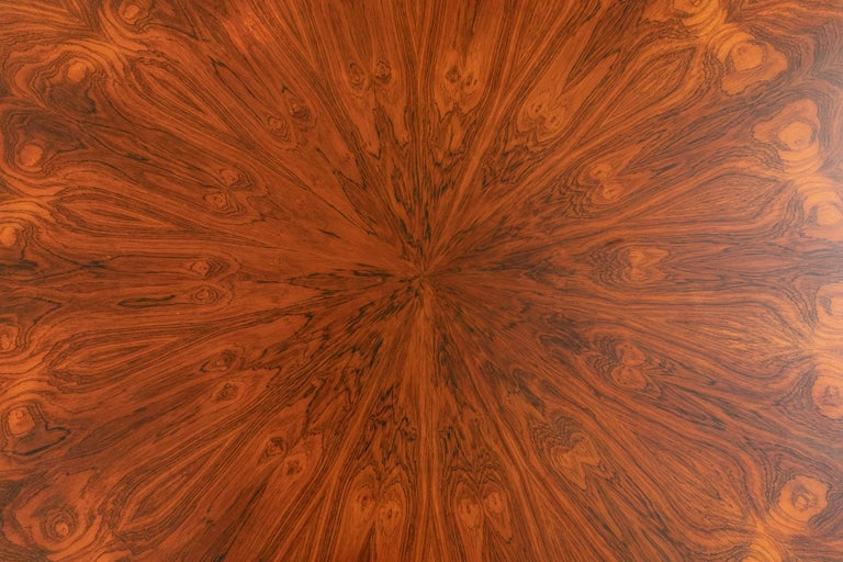 Round Table Attributed to Melchiorre Bega In Excellent Condition For Sale In Carpaneto Piacentino, Italy