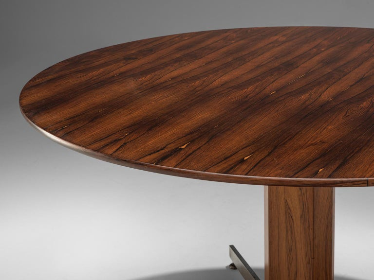 Veneer Round Table in Rosewood and Metal by Jorge Zalszupin For Sale