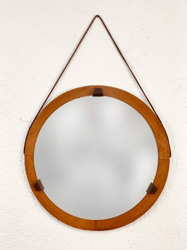 Mid-Century Modern Round Teak Framed Mirror, Italian Wall Mirror and Leather, Italy, 1960s For Sale