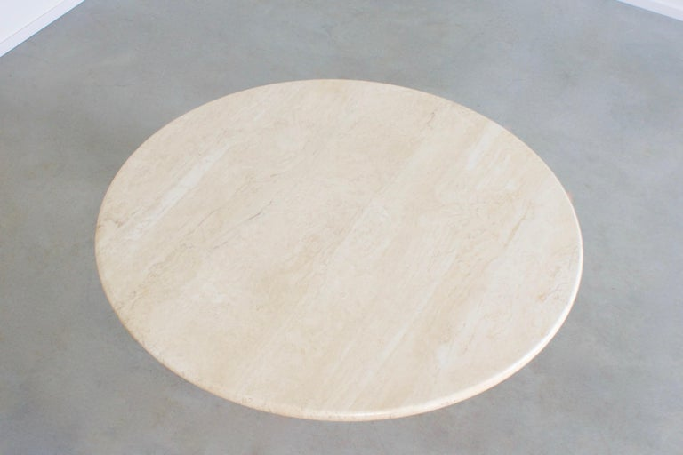 Round Travertine Coffee Table, 1970s In Excellent Condition In Echt, NL