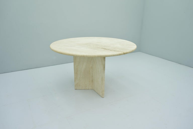Italian Round Travertine Dining Table, Italy, 1970s