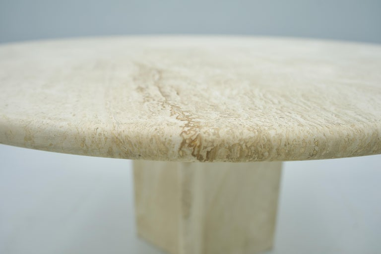 Late 20th Century Round Travertine Dining Table, Italy, 1970s