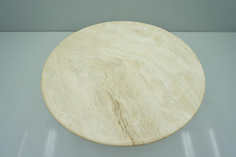Round Travertine Dining Table, Italy, 1970s 1