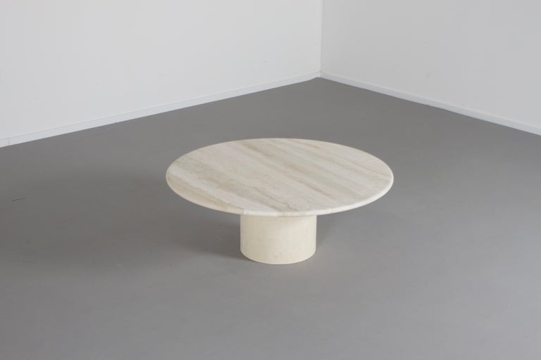 Round Travertine Up&Up Coffee Table, 1970s In Excellent Condition For Sale In Echt, NL