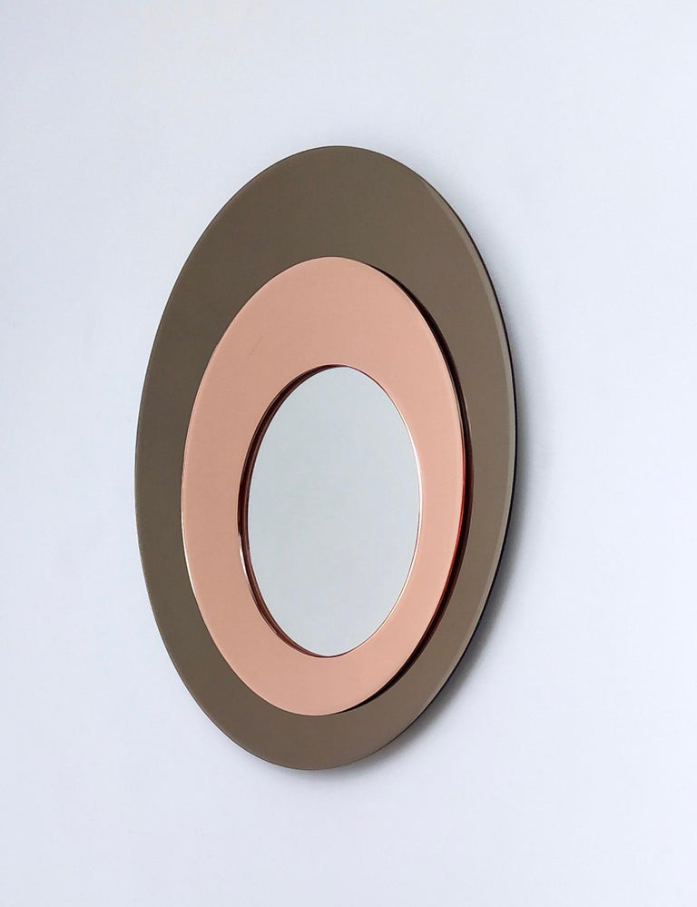 Round Wall Mirror by Rimadesio with a Bronze and Old Rose Mirrored Frame, 1970s In Good Condition For Sale In Bresso, Lombardy