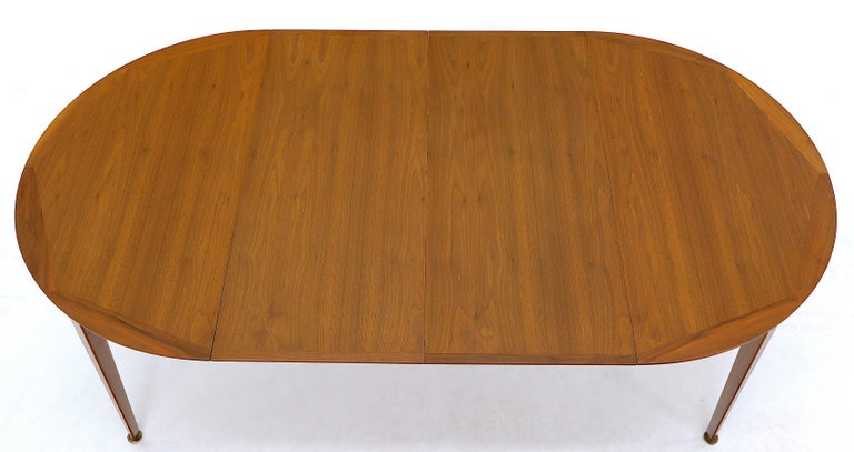 Round Walnut Tapered Legs Dining Room Table with Two Extensions Boards For Sale 9