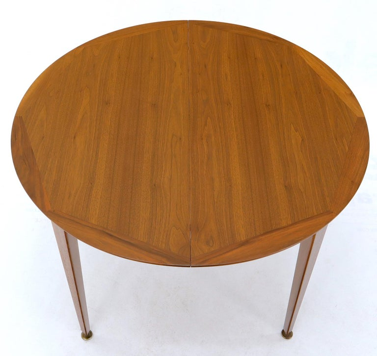 Round Walnut Tapered Legs Dining Room Table with Two Extensions Boards For Sale 4