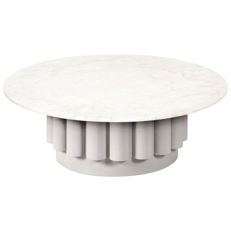 Round White Carrara Marble-Top Coffee Table with Fluted Base For Sale at 1stdibs