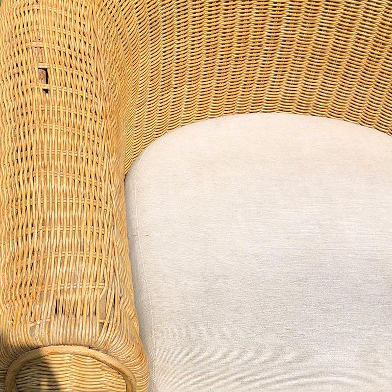 Round Wicker Bamboo Rattan Trompe L'oeil Draped Ghost Table and Chair Set 1970s  For Sale 5
