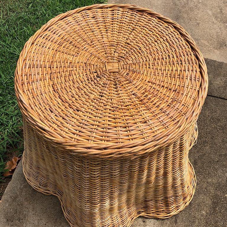 Round Wicker Bamboo Rattan Trompe L'oeil Draped Ghost Table and Chair Set 1970s  For Sale 2