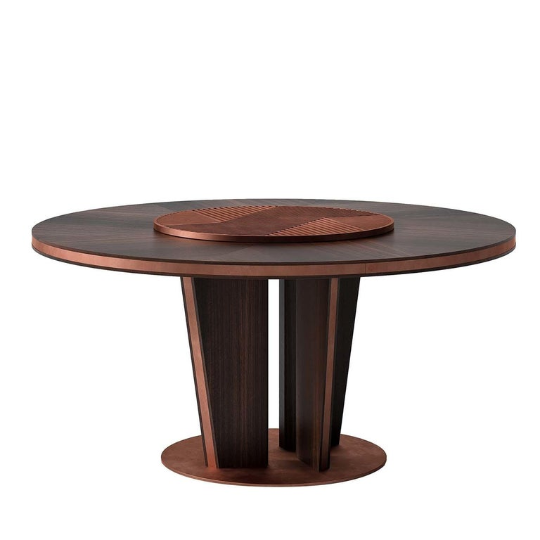 Round Wood Dining Table In New Condition For Sale In Milan, IT