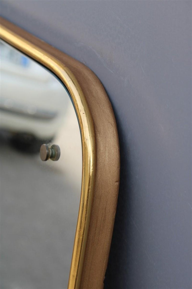Rounded Midcentury Wall Mirror 24-Karat Gold Wood Italian Design Gio Ponti Style For Sale 4