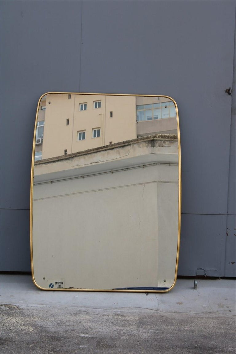 Rounded Midcentury Wall Mirror 24-Karat Gold Wood Italian Design Gio Ponti Style For Sale 1
