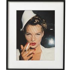 Kate Moss with Fag - portrait of the supermodel and fashion icon