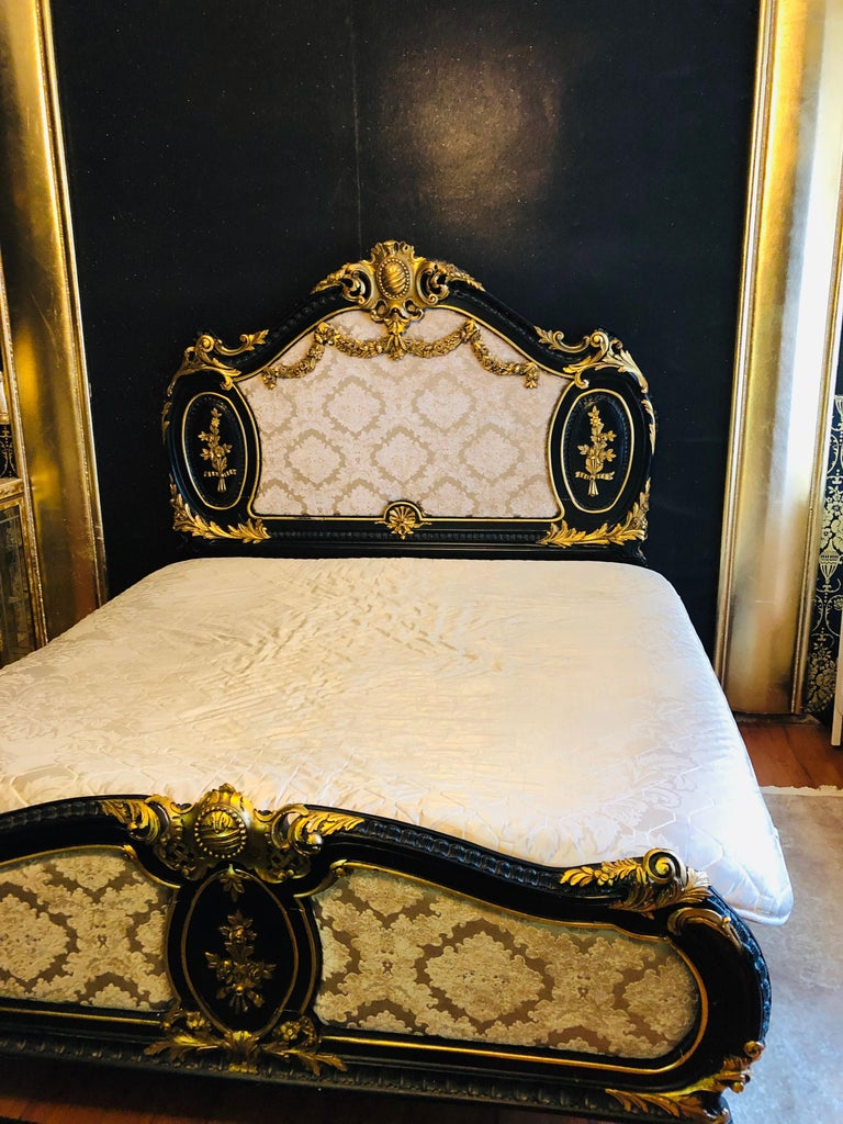 Royal Bed in Louis XV Style Custom Made For Sale 10