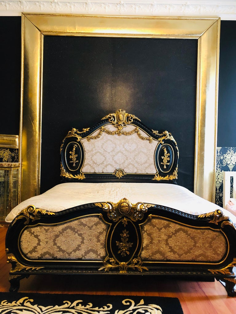 Beech Royal Bed in Louis XV Style Custom Made For Sale
