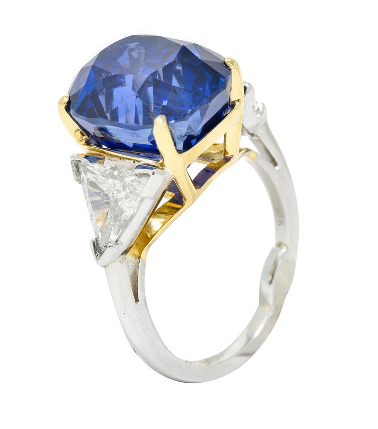 Royal Blue 22.66 Carats No Heat Ceylon Sapphire Diamond Platinum Ring Gubelin For Sale 4