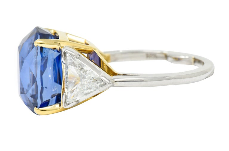 Royal Blue 22.66 Carats No Heat Ceylon Sapphire Diamond Platinum Ring Gubelin In Excellent Condition For Sale In Philadelphia, PA