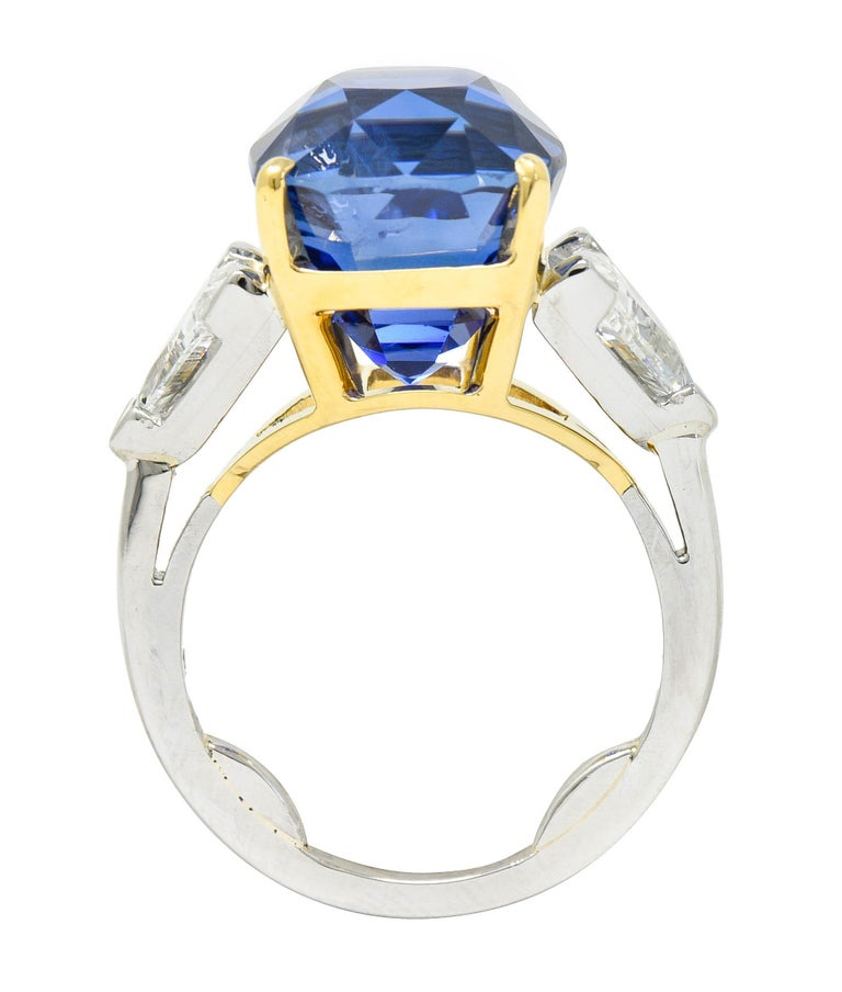 Royal Blue 22.66 Carats No Heat Ceylon Sapphire Diamond Platinum Ring Gubelin For Sale 2