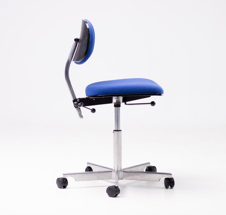 Royal Blue Kevi Desk Chairs In Good Condition For Sale In Dronten, NL