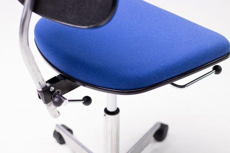 Aluminum Royal Blue Kevi Desk Chairs For Sale