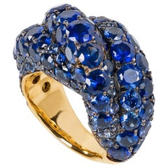 """Royal Blue"" Round Cut Sapphire Cocktail Ring in Yellow Gold"