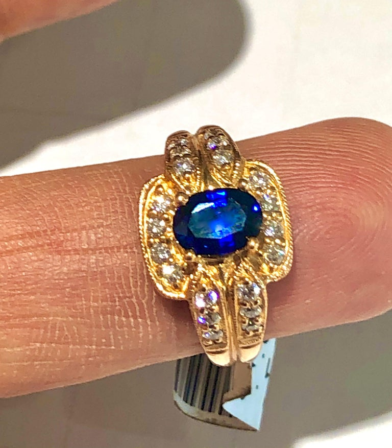 Women's Royal Blue Sapphire and Diamonds Ring 18 Karat Rose Gold For Sale