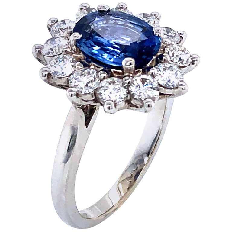 Royal Ceylon Sapphire and White Diamonds on White Gold Engagement Ring For Sale