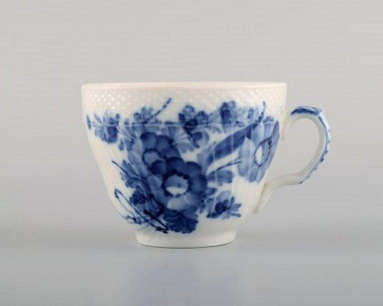 Danish Royal Copenhagen Blue Flower Curved Coffee Service for Twelve People, 1960s For Sale