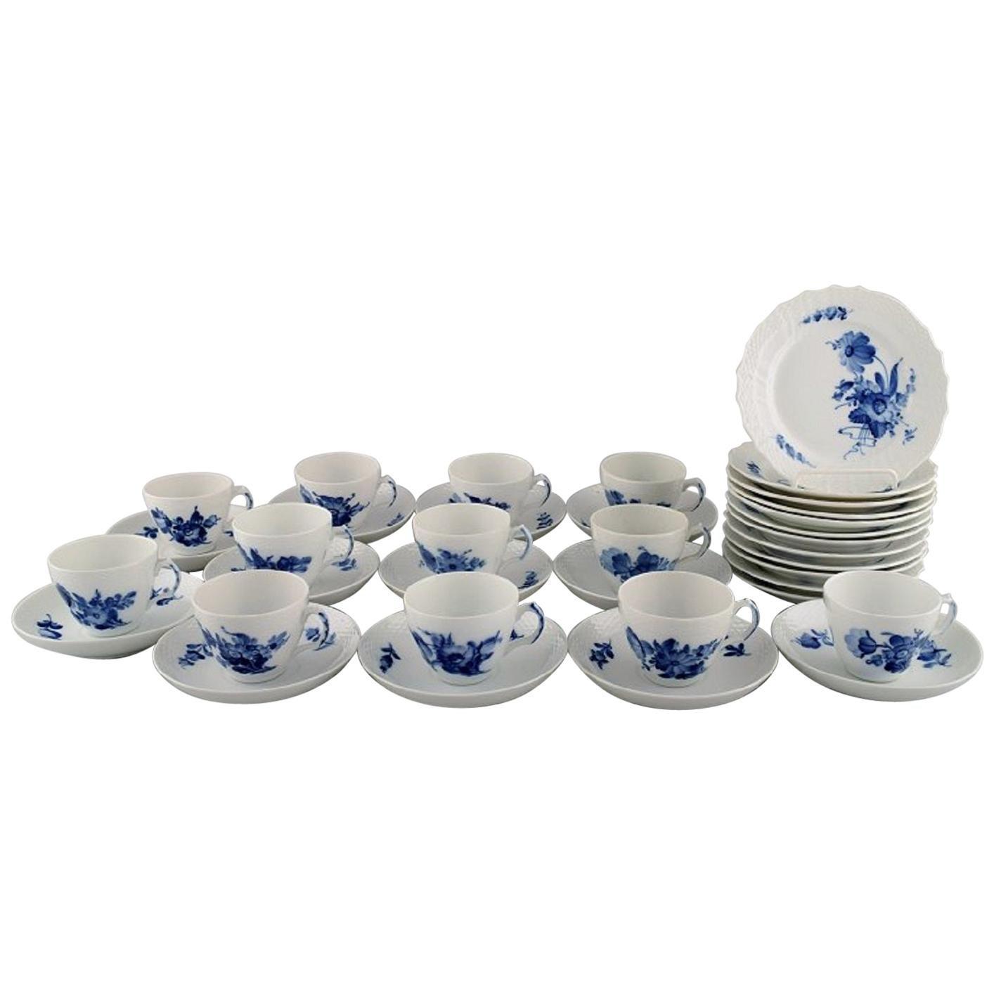 Royal Copenhagen Blue Flower Curved Coffee Service for Twelve People, 1960s