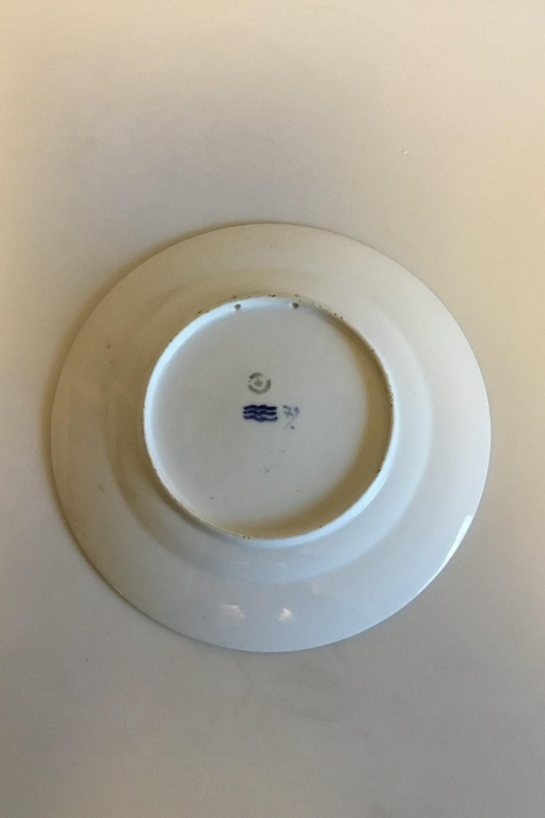 Royal Copenhagen commemorative plate from 1918 RC-CM180. Measures 25.5 cm / 10 3/64 in. and is in perfect condition.