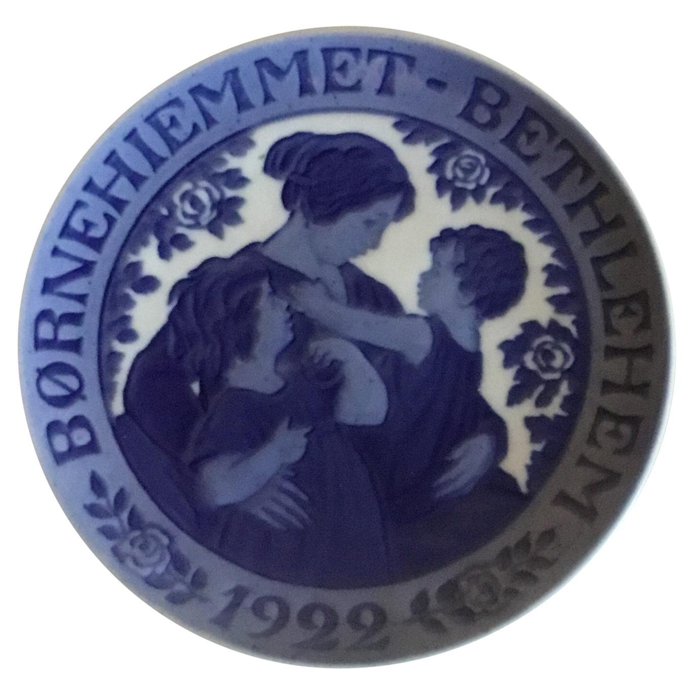 Royal Copenhagen Commemorative Plate from 1922 RC-CM205