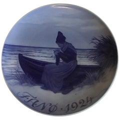 Royal Copenhagen Commemorative Plate from 1924 RC-CM226