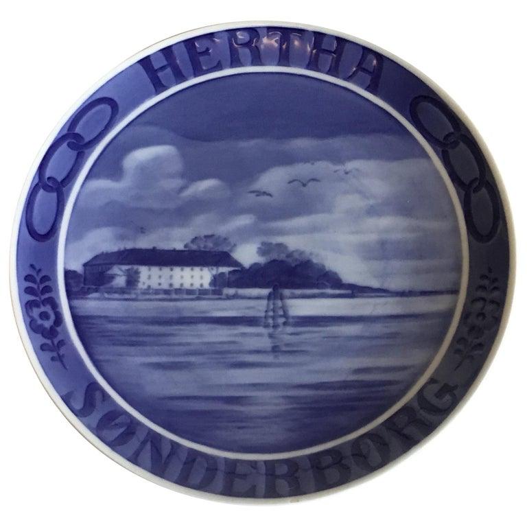 Royal Copenhagen Commemorative Plate from 1925 RC-CM233 For Sale