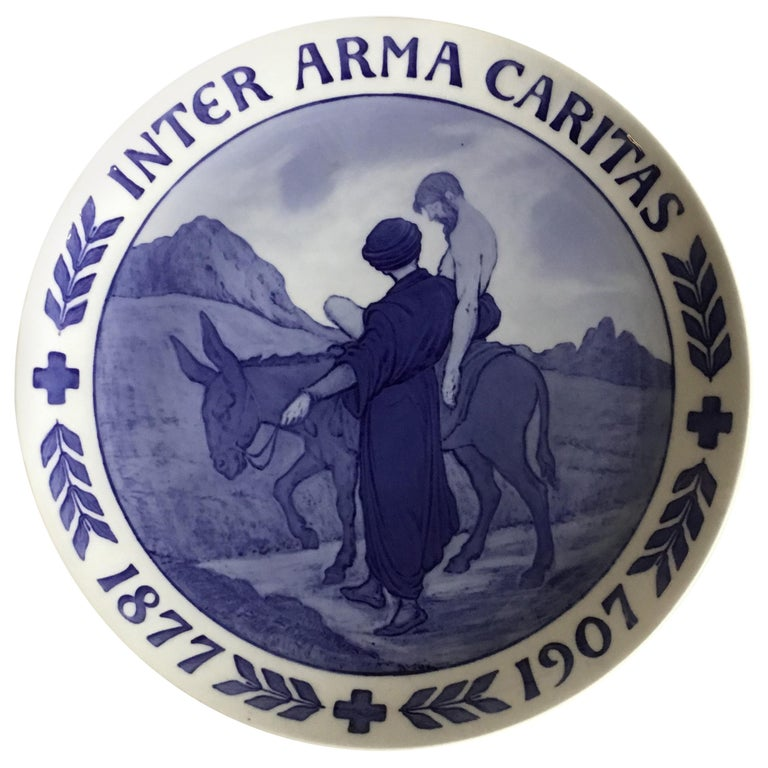 Royal Copenhagen Commemorative Plate RC-CM68A For Sale