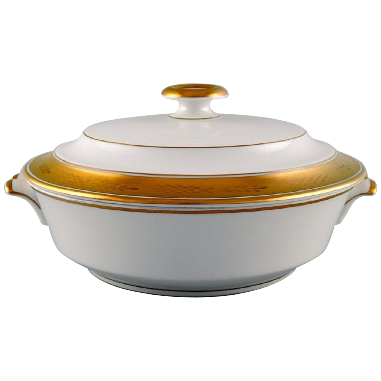Royal Copenhagen Dagmar, White, Porcelain Lidded Tureen with Gold Edge