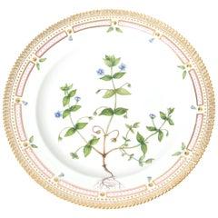 Royal Copenhagen Flora Danica Dinner Plate Anagallis Coerulea Schrel #20/3549