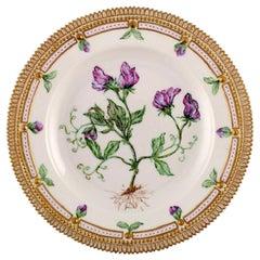 Royal Copenhagen Flora Danica Dinner Plate, Dated 1962