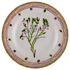 Royal Copenhagen Flora Danica Dinner Plate in Hand-Painted Porcelain