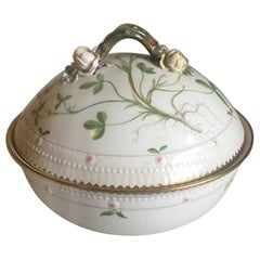 Royal Copenhagen Flora Danica Lidded Bowl No 735/3568