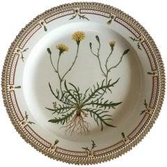 Royal Copenhagen Flora Danica Round Dish No 20/3524