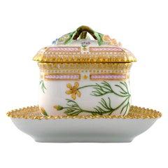Royal Copenhagen Flora Danica triangular cream cup. Dessin # 20/3575