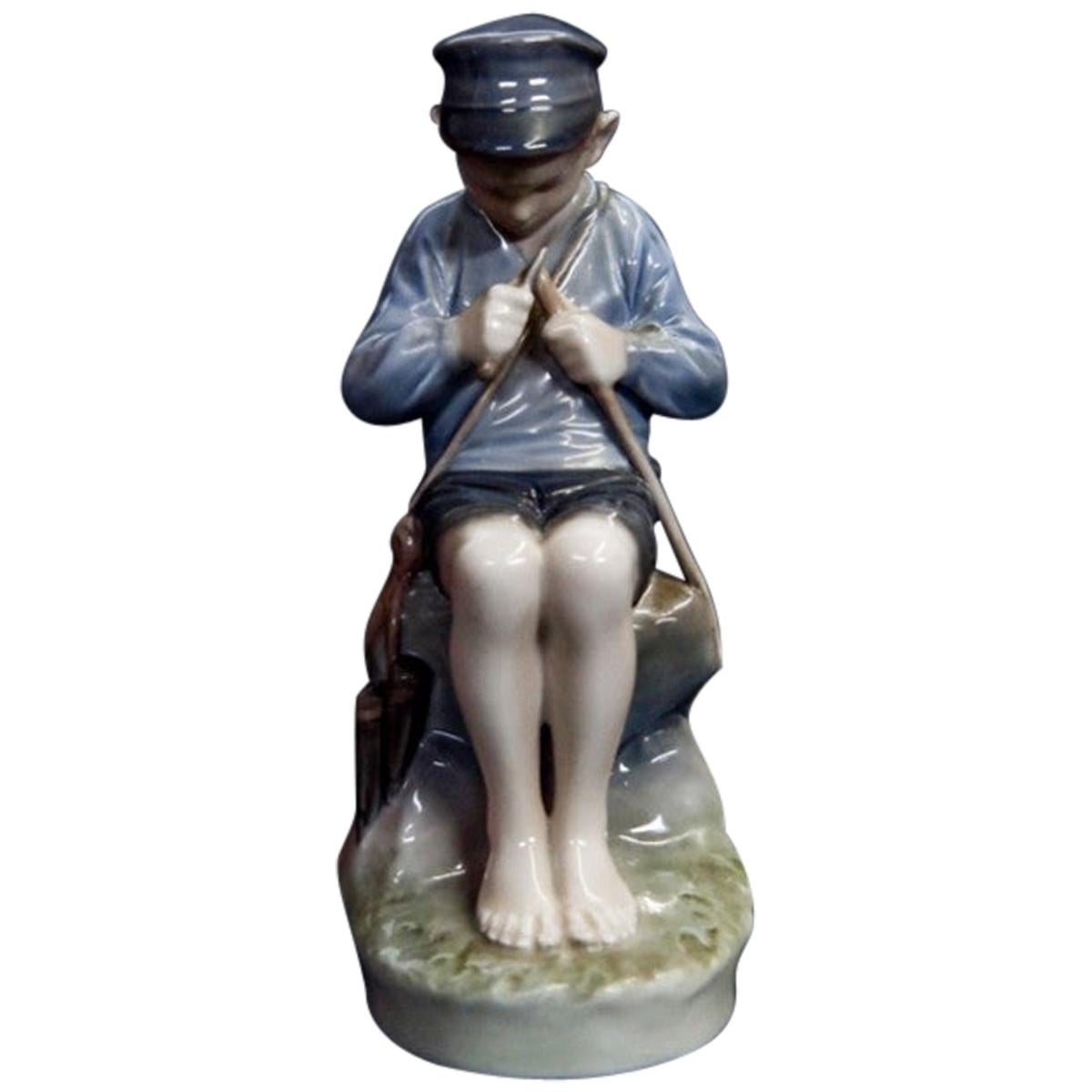 Royal Copenhagen Porcelain Figurine No. 905