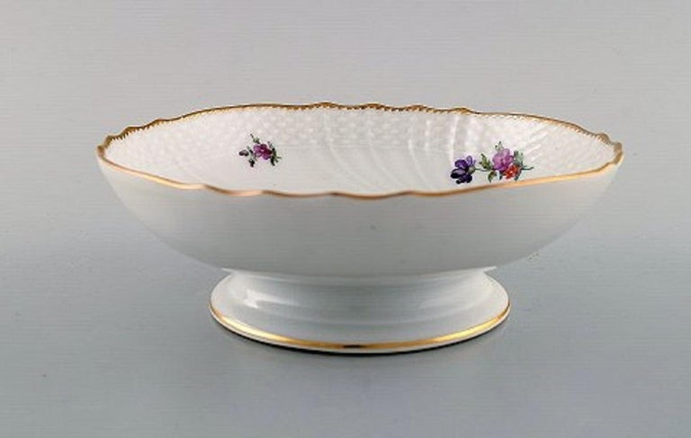 Royal Copenhagen Saxon flower, bowl.