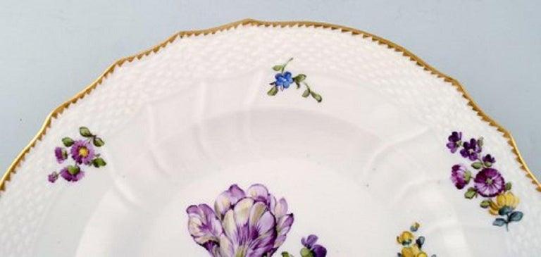 20th Century Royal Copenhagen Saxon Flower, Twelve Dinner Plates, Decoration Number 4/1621