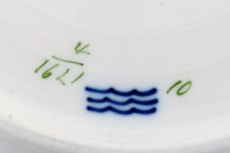 Porcelain Royal Copenhagen Saxon Flower, Twelve Dinner Plates, Decoration Number 4/1621