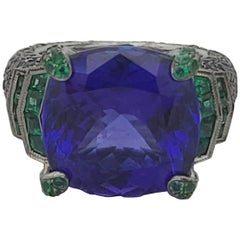 Royal Looking Natural Tanzanite 18k Cocktail Ring with Emeralds and Sapphires